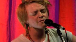 Wallis Bird - When We Kissed, The World Fell In Love
