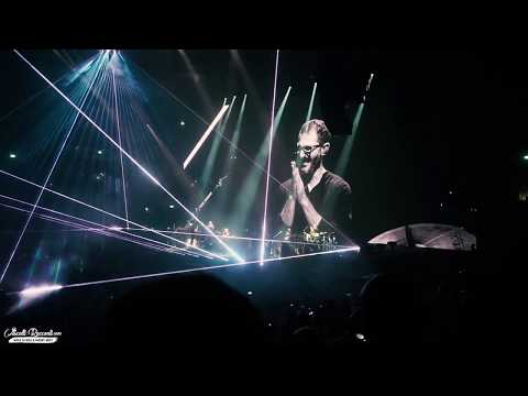 """Roger Waters - Band Introduction + """"Mother"""" + Comfortably Numb Live @ Forum (MI)"""