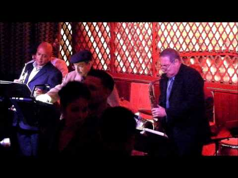 Benny @ Ginny's Presents The Bronx Horns - Que Pasa