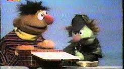 Sesamstraße - Ernie und Sherlock Humbug - Fleischsalatbrot deutsch