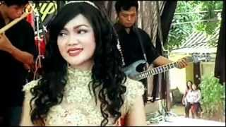 Download Video Sesah Hilapna - Noor Elfathony - Nirwana Stage Patrol Dangdut (22-07-2015) MP3 3GP MP4