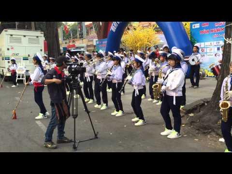 Đội nhạc kèn Võ Thành Trang với Mùa Xuân và Biển Đảo năm 2015