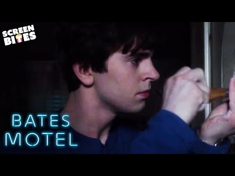 Norman Bates Spies On His Mother Having Sex | Bates Motel | SceneScreen