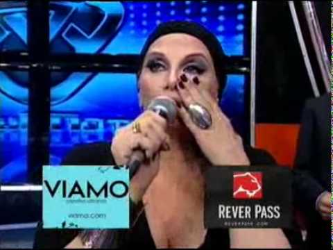 Showmatch 2010 - Sofía Pachano y el 10 de su padre