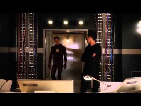 The Flash: S2E16 - Trajectory atracks S.T.A.R Labs