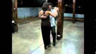 Oswaldo baila su vals de cumpleaños. Práctica de Verano La Mariposa 15 - 08 - 2011