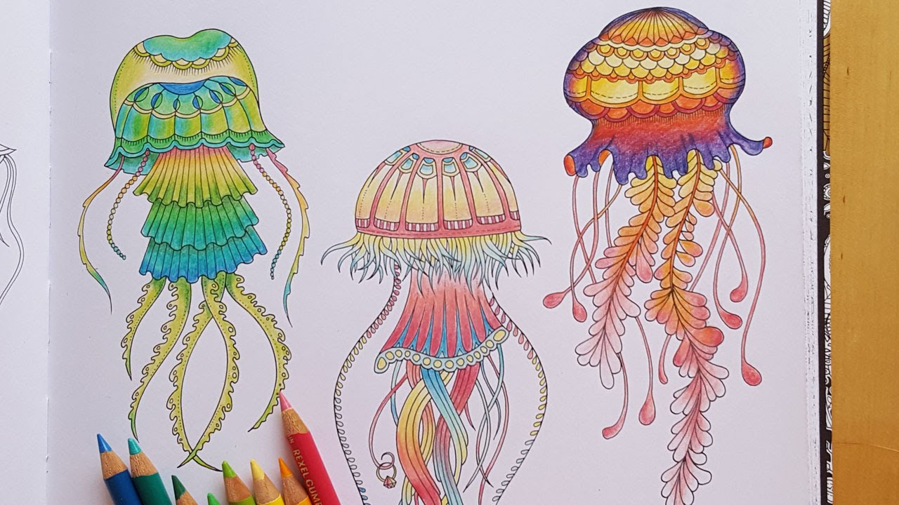 Lost Ocean Speed Colouring Green Fluorescent Jellyfish