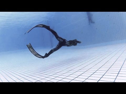 Long fin kick training