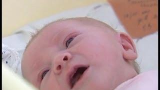 Уход за малышом. Первые дни жизни(уход за малышом, уход за новорожденными, питание новорожденного, кормление новорожденных, ухаживать за..., 2013-10-31T06:46:59.000Z)