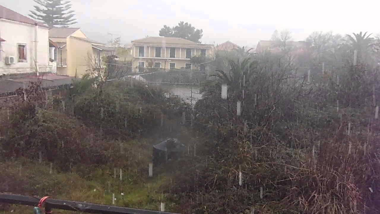 extreme weather hailstone storm hits kassiopi corfu greece. Black Bedroom Furniture Sets. Home Design Ideas