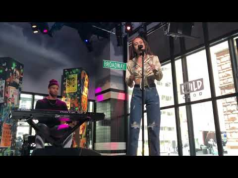 "Bea Miller- ""Like That"" (BUILD SERIES NYC 4/26/18)"