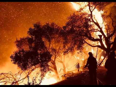 California Wildfires: Santa Varvara Endangered By Thomas Flame