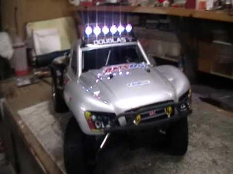 Traxxas slayer rpm light bar kit youtube traxxas slayer rpm light bar kit aloadofball Gallery