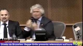 INTEGRALE - Beppe Grillo da Bruxelles presenta il referendum sull