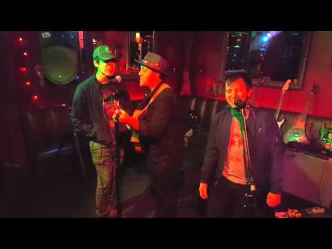 Vincent Martella, Jameson Moss & David Lambert performing original  Las Vegas