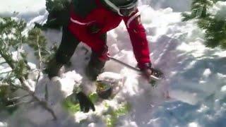 В Болгарии на горнолыжном курорте Банско спасли туриста из России попавшего под лавину