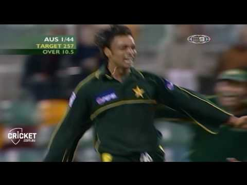 Pakistan unearth ambidextrous fast bowler