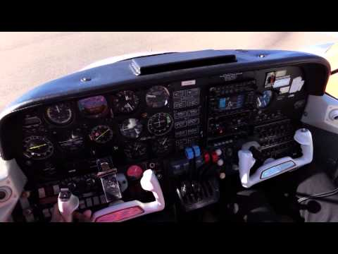 Beechcraft 76 duchess Startup taxi and run up