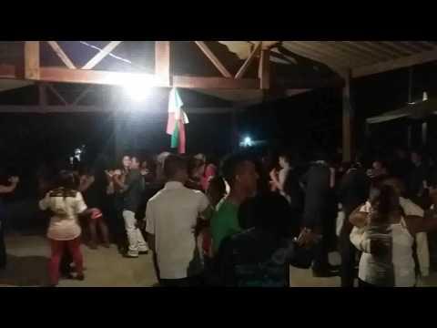 banda-os-mineirinhos-festa-de-santo-do-tarcísio-mimoso-fazenda-fazenda-portal-do-pantanal(1)