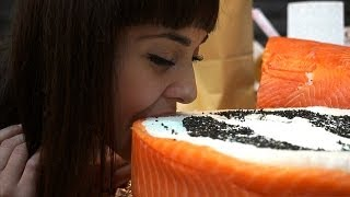 В Минске прошел финал по поеданию суши с призовым фондом 10млн. рублей(, 2013-08-31T09:04:17.000Z)
