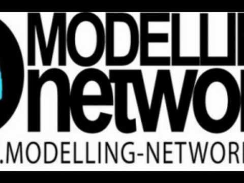 MODELLING NETWORK FASHION SHOW : GIAROYE CLOTHING