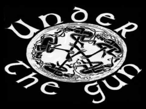 Under The Gun - The Crowd mp3