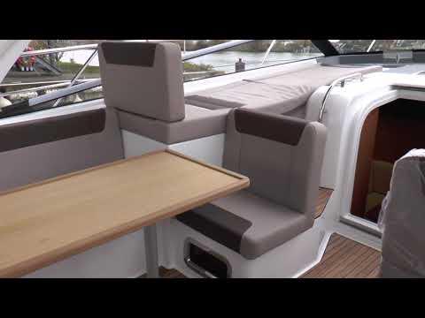 Folding Down Passenger Seat - BAVARIA YACHTS Motor Boats