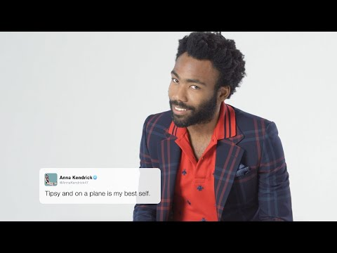 2016's Funniest Tweets Read by the Year's Best Actors | GQ