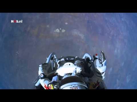 Man springt van 40 kilometer uit de ruimte