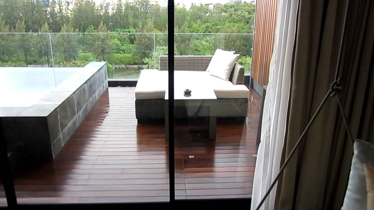 Cape nidhra deluxe sky pool suite youtube - The sky pool a deluxe adventure ...