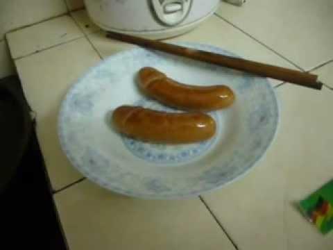 Bí quyết chế món xúc xích rán hình tờ rim =))