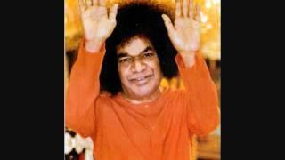 """Sathya Sai Baba """"OM NAMAHA SHIVAYA"""" Bhajan by Dr Suresh Sharma"""