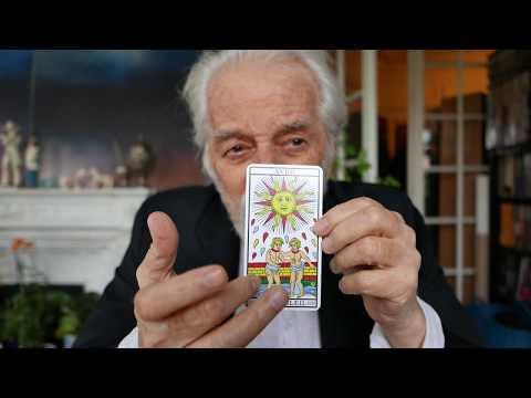 How can I build something by myself?  Tarot reading video by Alejandro Jodorowsky for Xerenthiu