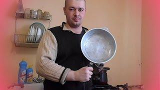 видео Как Очистить Чугунную Сковороду