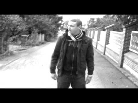 Almaty ft JueZ - Fuck mal auf die Scheine (Official Video)