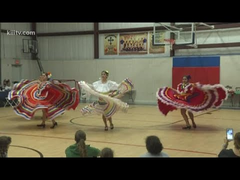Early Cino de Mayo celebration held at Bishop Garriga Middle School