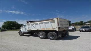 2000 International 4900 dump truck for sale | no-reserve Internet auction July 14, 2016