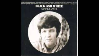 Watch Tony Joe White As The Crow Flies video