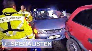 Schwerer Verkehrsunfall auf der Autobahn: giftiges Deo als Ursache? | Die Spezialisten | SAT.1 TV