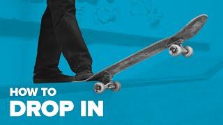 Как съехать с рампы на скейте. Трюки на скейте для начинающих. How to Drop in on skateboard.(Трюки на скейте для начинающих — http://bit.ly/subscribe-riders. В этом обучающем видео Макс Бирюков рассказывает как..., 2015-12-03T13:14:59.000Z)