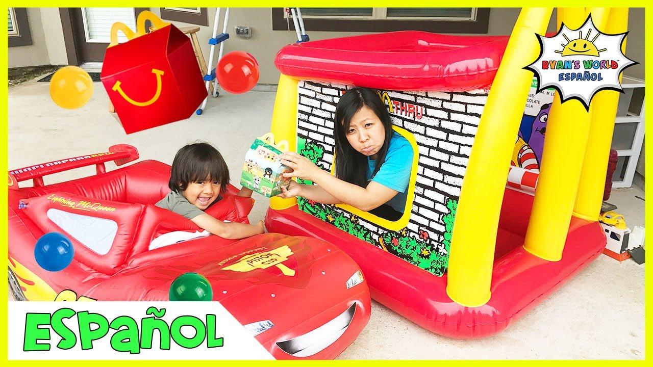 McDonald's Drive Thru Mommy en Disney Cars Lightning McQueen Power Wheel Ride On Car