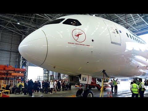 Qantas Dreamliner Delivery 20171020