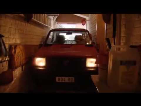 Die kleinste Garage der Welt - YouTube