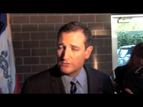 Ted Cruz meets with Iowa media