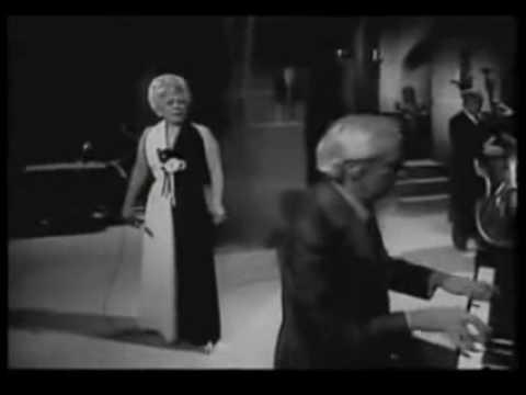 María Luisa Landin - AMOR PERDIDO   (Video)
