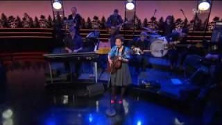 Download lagu Maia Hirasawa & Augustifamiljen - Tusen Bitar