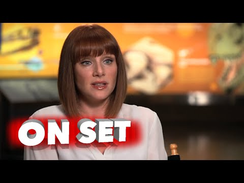 """Jurassic World: Bryce Dallas Howard """"Claire"""" Behind the Scenes Movie Interview"""