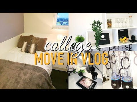 COLLEGE/ UNIVERSITY MOVE IN VLOG 2017! London College Of Fashion