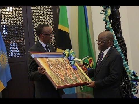Rais Magufuli Amkaribisha Ikulu Kagame wa Rwanda