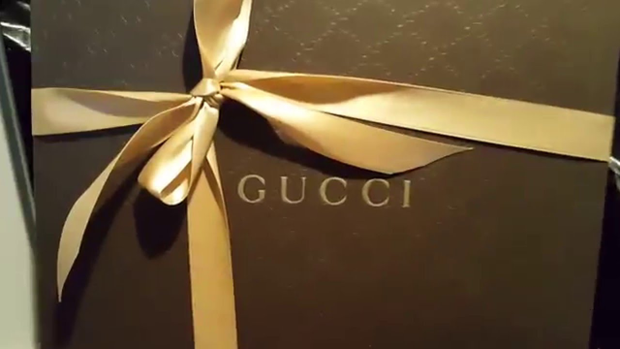 8b6d5d2644b Gucci Dionysis Blooms wallet on a chain unboxing part 1 - YouTube